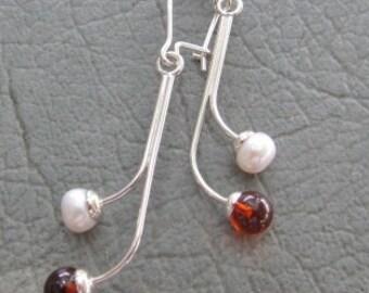 Cognac Amber & Pearl Earrings on SS