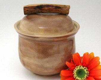 Ceramic Jar - Decorative - 23 oz - Hand Thrown Stoneware Pottery