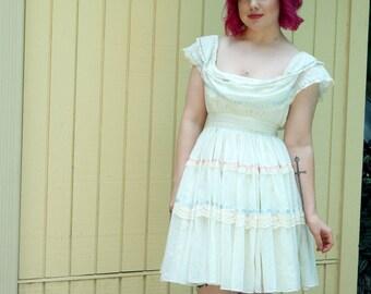 Vintage 70s Gunne Sax gauze dress