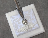 Wedding Guest Book Pen, White and Ivory Flocked Guest Book Coordinate - Lightweight 3x3 wooden base, Silver Pen