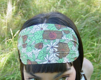 Headband made from vintage reclaimed cotton fabric/ gypsy/ earthy floral print/ green