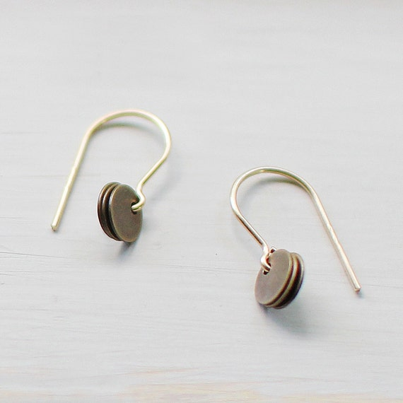 mora - gold and brass earrings by elephantine