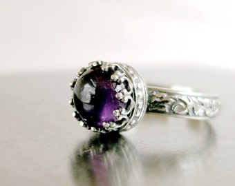 Amethyst ring, Sterling Silver, purple gemstone, Crown setting, February Birthstone