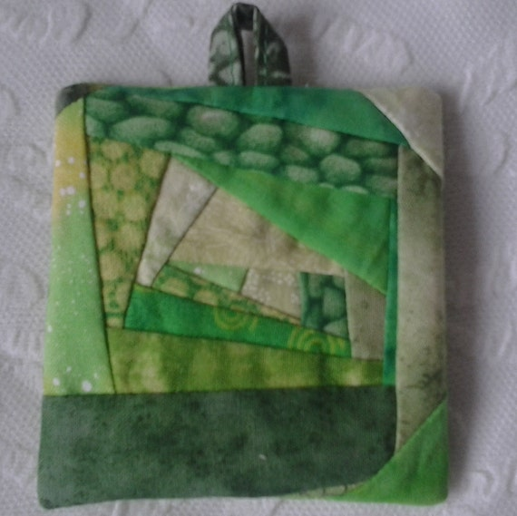 Crazy Quilt Ornament   Green 05