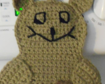 Squirrel Pot Holder Hot Pad in taupe crochet