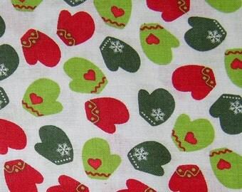 Christmas mitten snowflake fabric - 1 yard - red green