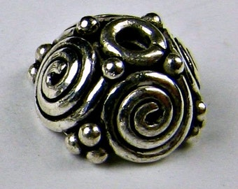 Bali Sterling Silver Swirls and Dots Beads Bead Caps 9mm (2)