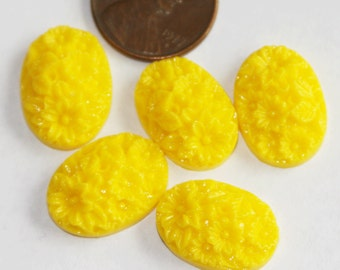 4 pcs of Acrylic Resin Cabochon 13x18mm oval Yellow