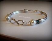 Bridesmaid Gift Set Of FOUR: Bridesmaid Pearl Bracelet, Pearl Wedding Jewelry, Infinity Bride Jewelry, Wedding Party, Jewelry Bridesmaid