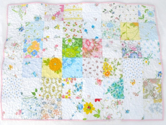 white blooms baby quilt (vintage sheets)
