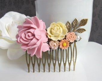 Bridal Wedding Pink Large flower, Ivory Rose, Dusty Pink and Peach flowers, Brass leaves. Romantic Collage Hair comb Antiqued Brass Filigree