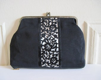 sixties chic - 1960s Black Faille and Velvet Kisslock Cosmetic Pouch, large vintage change purse, small clutch