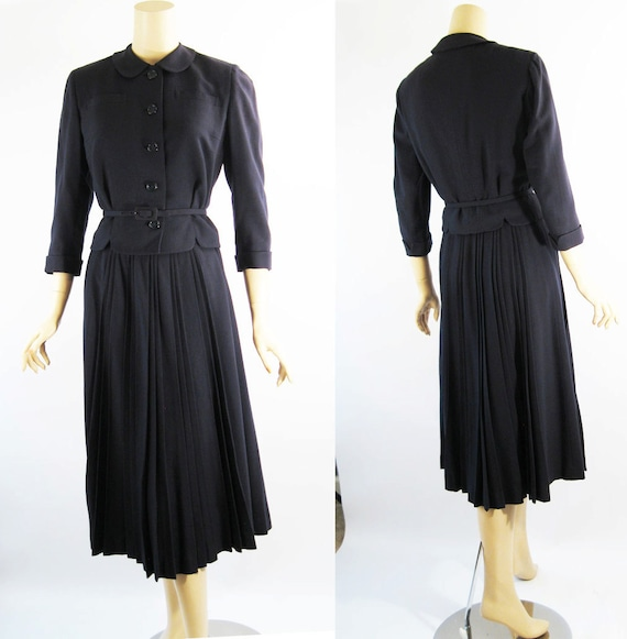 Vintage 50s Suit Navy Blue Wool Davidow Pleated Skirt w/ Belted Jacket B36 W26