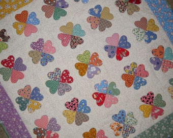 VINTAGE HEARTS Applique Quilt from Quilts by Elena 1930s Reproduction Fabrics