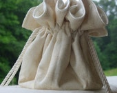 Free Jewelry Pouch with lace look in ivory and light beige when you purchase 5 bags for your bridesmaids