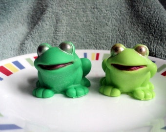Smiling Frog Soap - kids soap,party favor, gift idea, Cute Soaps, frog fans, animal soaps