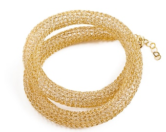 Wire crochet gold elegant necklace , Chic necklace for her , Classic jewelry with a handmade touch