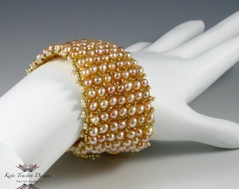 Audrey Peach Pink Pearl Bracelet, Beadweaving