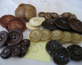 Lot Sets of VINTAGE Brown & Tans Plastic Craft Sewing BUTTONS  J3