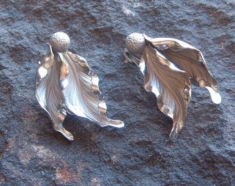Earrings, ClipOn Earrings, Vintage Silver Tone Clip On Leaf Earrings