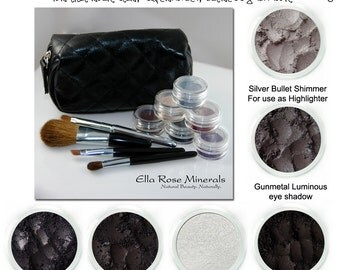 Darker smoky eye kit tutorial.  For that rock star, supermodel, actress glam look.