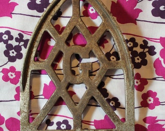 Antique Smarts Brockville Iron Stand Rusty Iron Relic For Restoration, Assemblage or Display