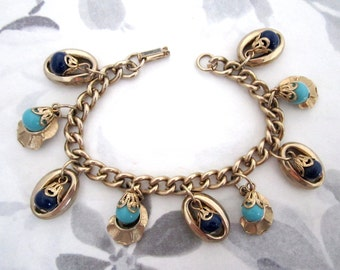 vintage gold tone charm bracelet - j5405