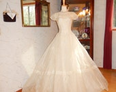 Mint Vintage 1954 Ivory Organdy Wedding Dress-Designer Fink Original-Rare-FREE US shipping