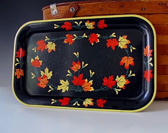 Vintage Metal Tray . Metal Serving Tray . Tin Litho Tray . TV Tray . Lithograph . Oak Leaves . Mid-Century Retro . 1950s