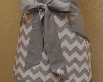 Gray Chevron with Gray Pockets and Ties Adult Half Apron