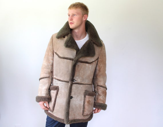 RESERVED Men's shearling coat. Large Men's vintage
