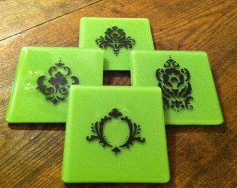Coasters in Lively Green Glass with Beautiful Black Damask Pattern