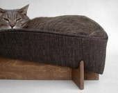Modern pet bed in black heather chunky weave