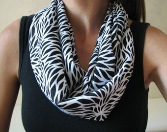 Black and White Abstract Flower Infinity Scarf