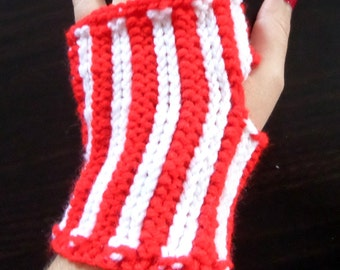 Pepermint Strips - Red and White Stripped Fingerless Gloves