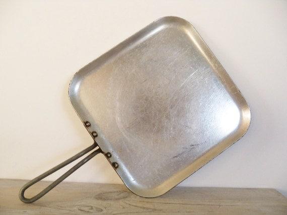 Wearever Griddle Tacu Co Aluminum Vintage Aluminum Griddle