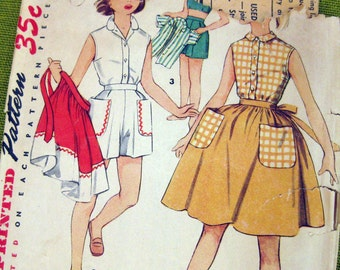 1957 Vintage Sewing Pattern - Girls Sleeveless Top - Bra Top - Full Skirt - Shorts - Simplicity 4687 / Size 10 UNCUT FF