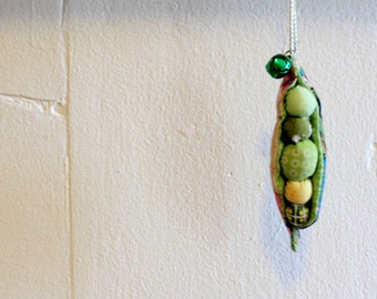 Fabric Peapod Charm - Peas in a pod ornament