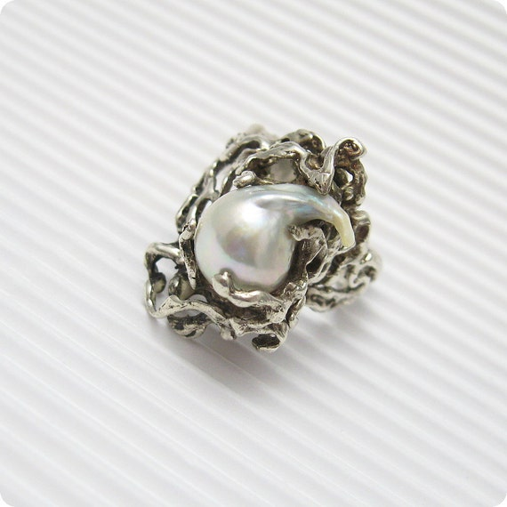 Brutalist Sterling Pearl Ring Modernist by PurpleDaisyJewelry
