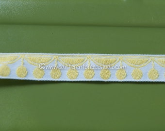 3 yards Mod Yellow Circles-  Vintage Trim Embroidered 60s 70s Juvenile New Old Stock Look Like Lemons