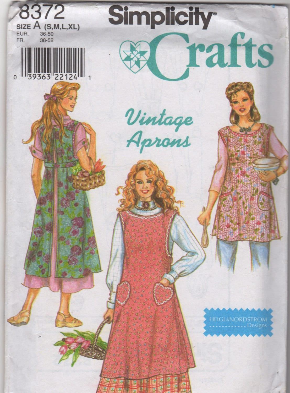 Simplicity 8372 Vintage APRON Pattern Length and Pocket