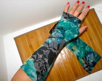 Paisley Greens Lightweight Fingerless Gloves Arm Warmers
