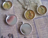 5pc... 14mm Circle Bezel trays...with glass inserts...Mix and Match...Silver... Pendant Trays, Earring Trays