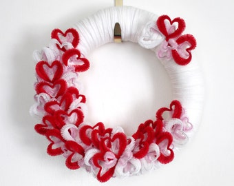 Hearts Wreath, Love Wreath, Valentines Day Wreath, 14 inch Size - Ready to Ship