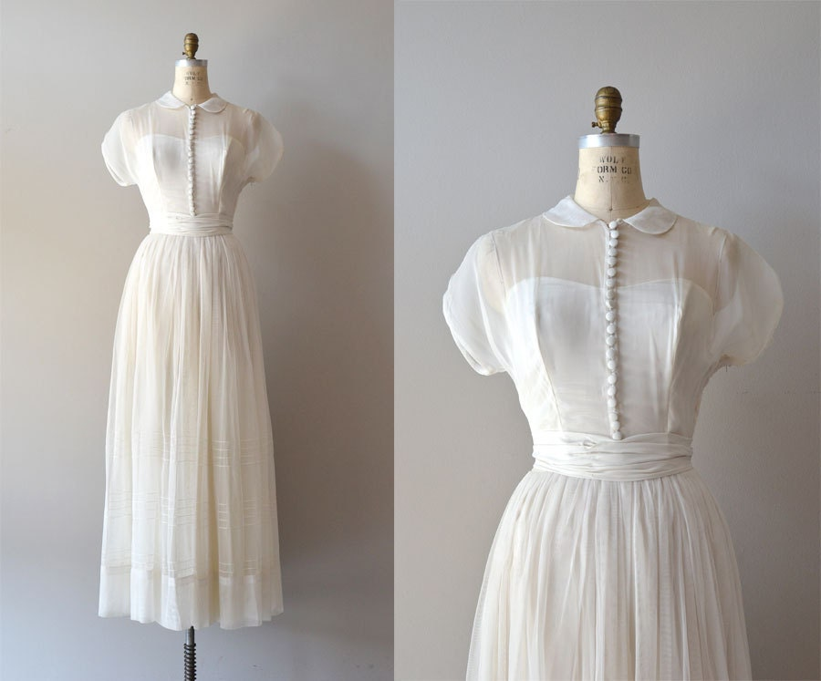 1940s Wedding Dress / Vintage 40s Dress / Tender Heart Gown
