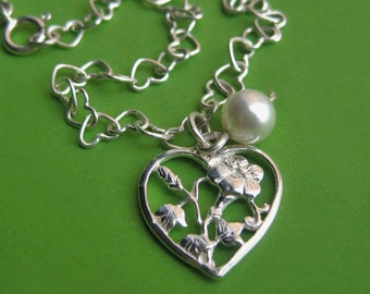 Sterling Silver Heart Link Bracelet with Floral Heart Charm and White Swarovski Pearl Accent