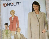 Simplicity 9138 Misses Classic Look, Relaxed Fit Jacket with Notched or Shawl Style Collar, Long Sleeves.  Sizes 14, 16, 18, 20