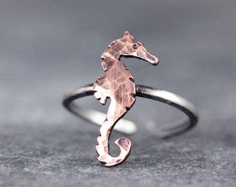 Seahorse TOE Ring, Summer jewelry, summer accessories, ocean jewelry, beach jewelry, Toe rings, Gifts under 25