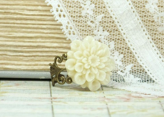 Mum Ring Flower Ring Adjustable Ring Mum Flower Ring Vintage Style Ring Victorian Ring Resin Flower Ring