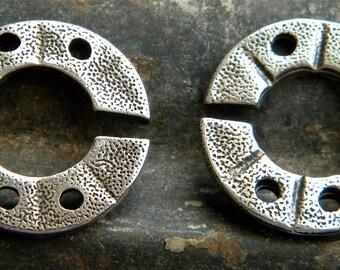 SALE  SALE   PMC Precious Metal Clay 2 Ring Textured Clasp, Artist Kate McKinnon, Fine Silver 11.3 grams Unique